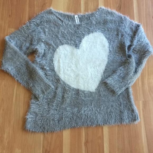 Bethany Mota sweater
